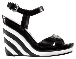 Stuart Weitzman black & white Wedges