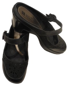 White Mountain Black Mules