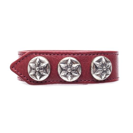 Preload https://img-static.tradesy.com/item/20815377/chrome-hearts-redsilver-five-point-star-leather-one-size-bracelet-0-0-540-540.jpg