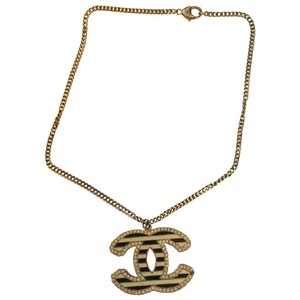 Chanel Authentic CHANEL GOLD CC pendant and necklace