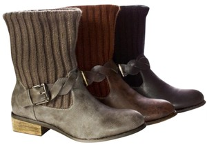 modern rush brown Boots