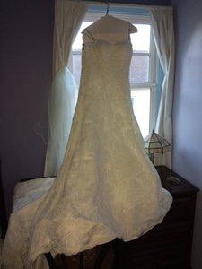 Justin Alexander Justin Alexander 8627 Wedding Dress