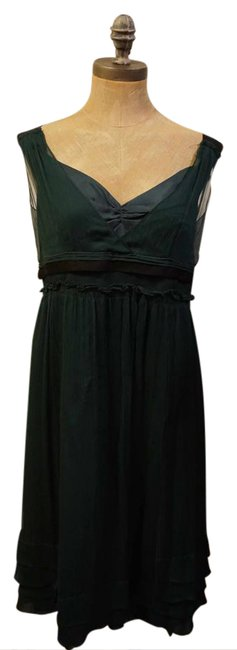 Preload https://img-static.tradesy.com/item/20816451/forest-green-silk-mid-length-night-out-dress-size-10-m-0-1-650-650.jpg