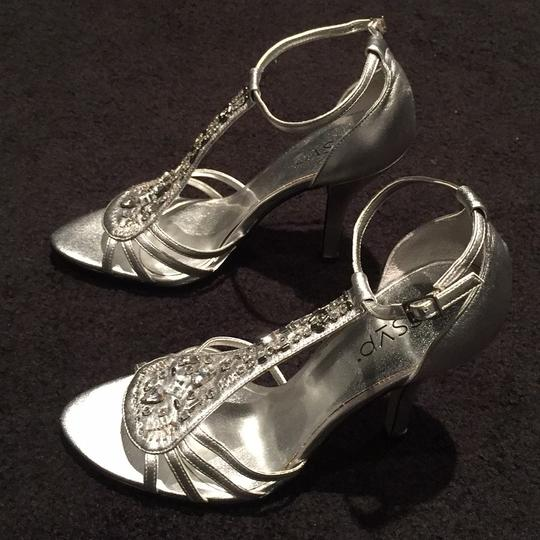 RSVP Rhinestones Open Toe Night Out Beading Silver Formal
