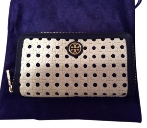 Tory Burch Tory Burch Robinson basket weave zip continental wallet