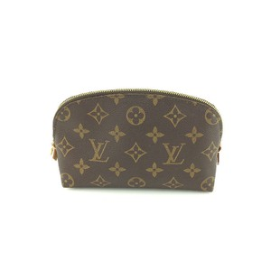 Louis Vuitton K294 Excellent Condition Monogram leather Half moon Cosmetic Pouch