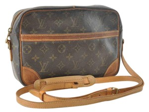 Louis Vuitton Lv Trocadero 27 Shoulder Bag