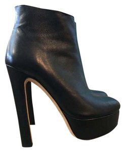 Vero Cuoio Like New Platform Ankle Daring Black Boots