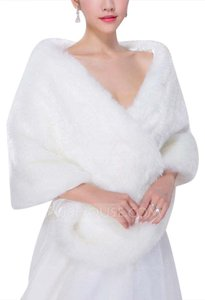Other Faux Fur Acrylic Fashion Wrap