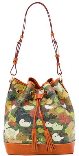 Preload https://item1.tradesy.com/images/dooney-and-bourke-camouflage-duck-drawstring-green-leathercanvas-shoulder-bag-20819070-0-1.jpg?width=440&height=440
