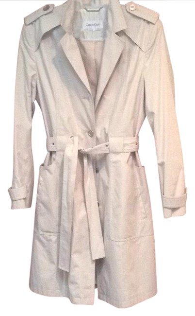 Preload https://item4.tradesy.com/images/calvin-klein-cream-trench-coat-size-12-l-20819113-0-1.jpg?width=400&height=650