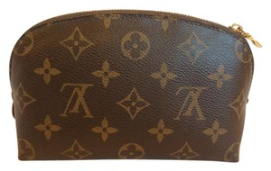 Louis Vuitton Cosmetic Pouch Leather Brown clutch