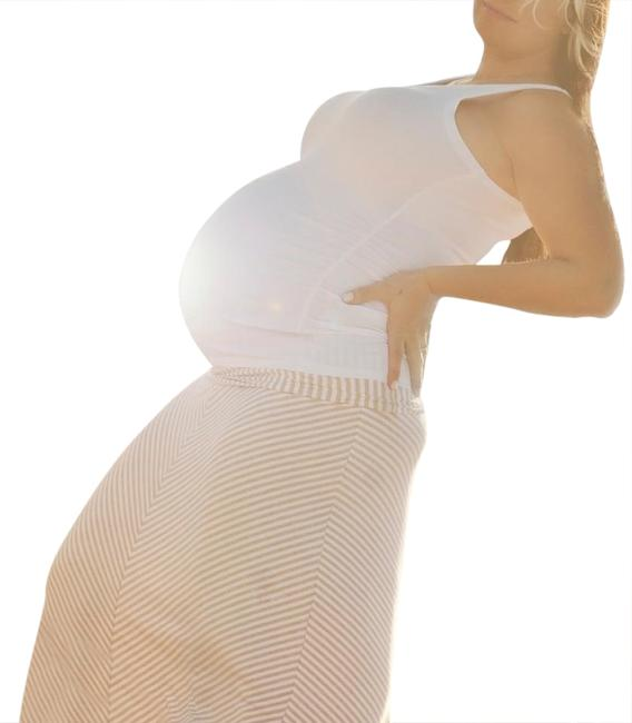 Preload https://item1.tradesy.com/images/gap-maternity-white-and-tan-skirt-maternity-casual-dress-size-8-m-20819730-0-1.jpg?width=400&height=650