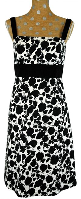 Preload https://item5.tradesy.com/images/max-and-cleo-black-and-white-floral-print-mid-length-short-casual-dress-size-10-m-20819779-0-1.jpg?width=400&height=650