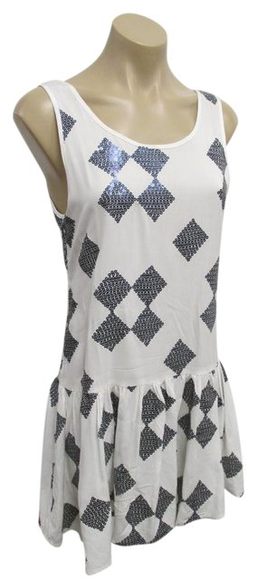 Preload https://item1.tradesy.com/images/white-and-blue-sequin-tank-in-short-night-out-dress-size-8-m-20819860-0-1.jpg?width=400&height=650