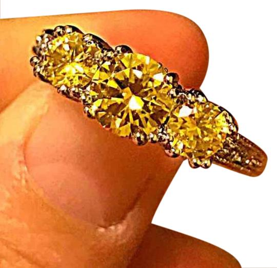 Preload https://item2.tradesy.com/images/yellow-stamped-10kt-wgp-topaz-3-stone-ring-20820286-0-1.jpg?width=440&height=440