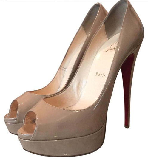 Preload https://item3.tradesy.com/images/christian-louboutin-nude-patent-lady-peep-platforms-size-us-9-regular-m-b-20821072-0-1.jpg?width=440&height=440