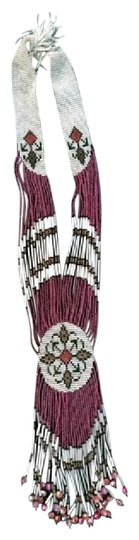 Preload https://img-static.tradesy.com/item/20821482/dusty-rose-red-white-wearable-art-necklace-0-1-540-540.jpg