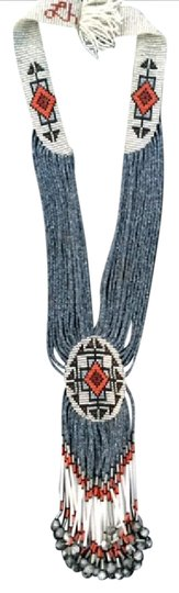 Preload https://img-static.tradesy.com/item/20821594/silver-grey-coral-white-black-wearable-art-necklace-0-1-540-540.jpg