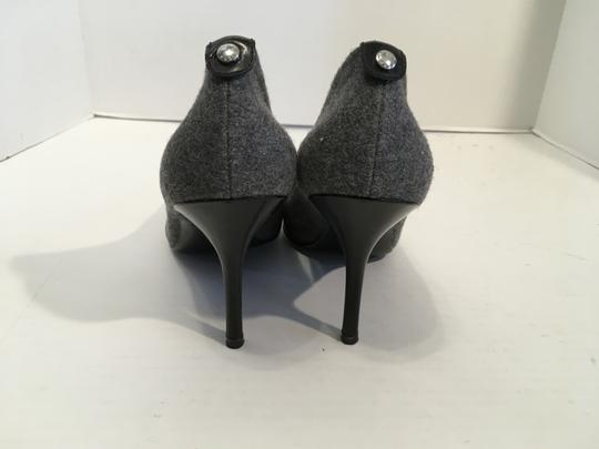 MICHAEL Michael Kors Stiletto Heels Soles Gray flannel and black leather leather lining cap toe Pumps