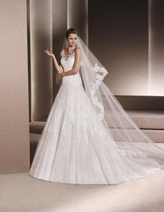 Pronovias Ronan Wedding Dress