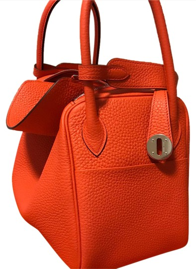 Preload https://img-static.tradesy.com/item/20822799/hermes-lindy-26-shoulder-bag-0-1-540-540.jpg