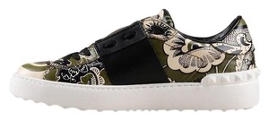 Valentino Leather Limited Edition Green floral print Athletic