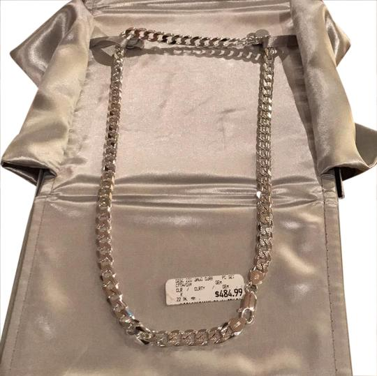 Preload https://item1.tradesy.com/images/jcp-white-silver-necklace-20823165-0-1.jpg?width=440&height=440