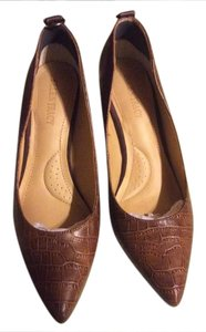 Ellen Tracy Dark tan Pumps