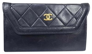 Chanel Lambskin Vintage Luxury Leather European Clutch