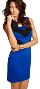 Cynthia Steffe Sleeveless Color-blocking Shift Sheath Dress