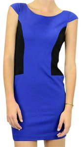 Cynthia Steffe Color-blocking Shift Sheath Dress