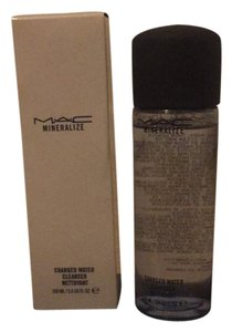 MAC Cosmetics mineralize charged water cleanser