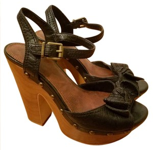 Gianni Bini Wood Leather Bow Studded Black, Brown Platforms