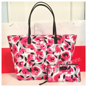 Kate Spade Matching Set Gift Set Set Floral Multi-colored Tote in Pink