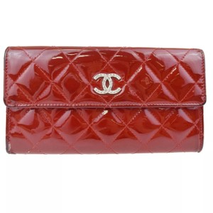 Chanel quilted patent leather CC logo long wallet clutch