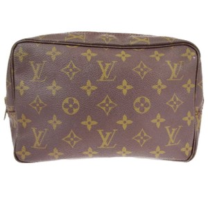 Louis Vuitton trousse 23 monogram pouch pochette