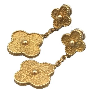 Van Cleef & Arpels Vintage Alhambra 18k Yellow Gold Motif Earrings w/ Authentic V&A Case