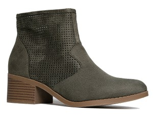City Classified Olive Boots