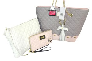 Betsey Johnson Bone Pouch Quilted Diamond Oversized Wallet Tote in GRAY/BLUSH