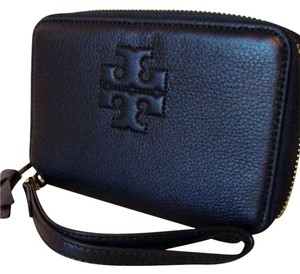 Tory Burch NWT TORY BURCH THEA SMARTPHONE WALLET/WRISTLET TORY NAVY