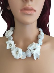 J.Crew J Crew White Flower Necklace