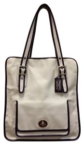 Coach Leather Two-tone Vertical Vintage Tote in White