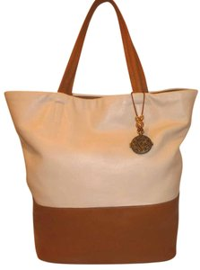DKNY Refurbished X-lg Lined Two-tone Tote in Cognac Brown and Cream