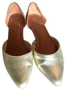 American Eagle Outfitters Gold/ Tan Leather Flats