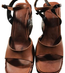 Via Spiga Brown Saddle Leather Wedges