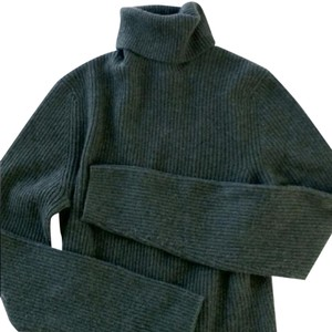 Sutton Studio Cashmere Turtleneck Sweater