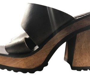 Candie's brown leather Mules