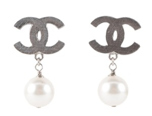 Chanel Chanel silver 'CC' and pearl clip-on earrings