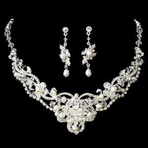 Elegance By Carbonneau Silver Freshwater Pearl & Crystal Jewelry Set